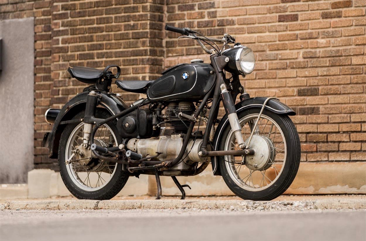 Vintage post-war BMW motorcycle is Pick of the Day