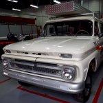14984130-1965-chevrolet-suburban-srcset-retina-xl