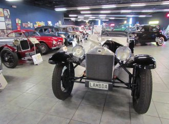 Tampa Bay's automotive attraction