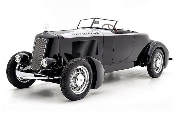 Historic Salt Flats speedster built from a 1930 Hupmobile