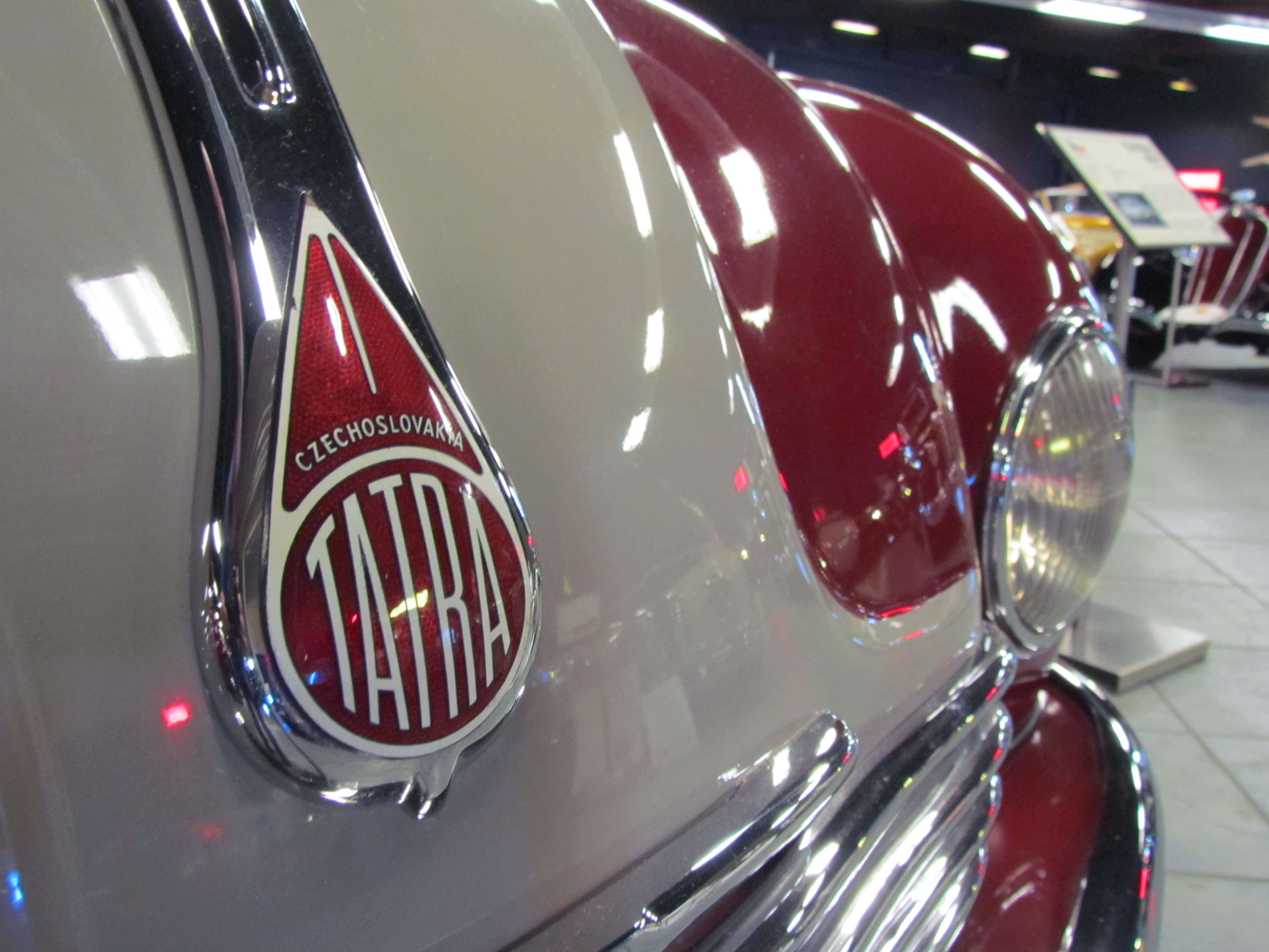 Tampa Bay, Tampa Bay's automotive attraction, ClassicCars.com Journal