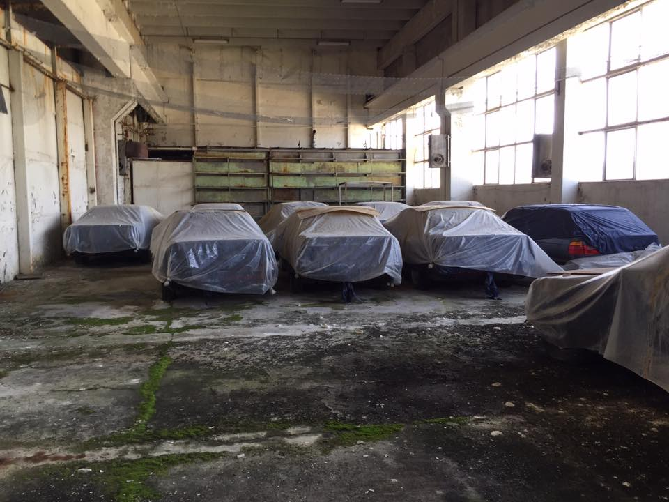 This collection of BMW 5-series has been sitting in a warehouse in Bulgaria for about 20 years. | Facebook photos