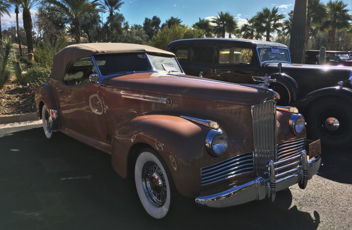 A 1942 Packard exuded the elegance for which the Full Classics are known.