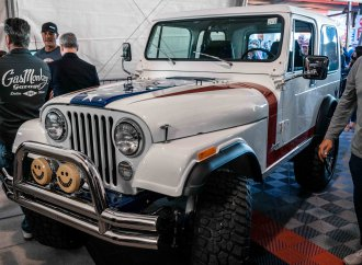 Gary Sinise Jeep raises $1.3 million for veterans, first responders