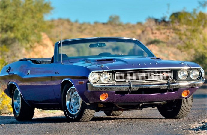 Rare 1970 Challenger Hemi R/T convertible set for Mecum auction