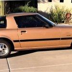 Mazda RX 7 side