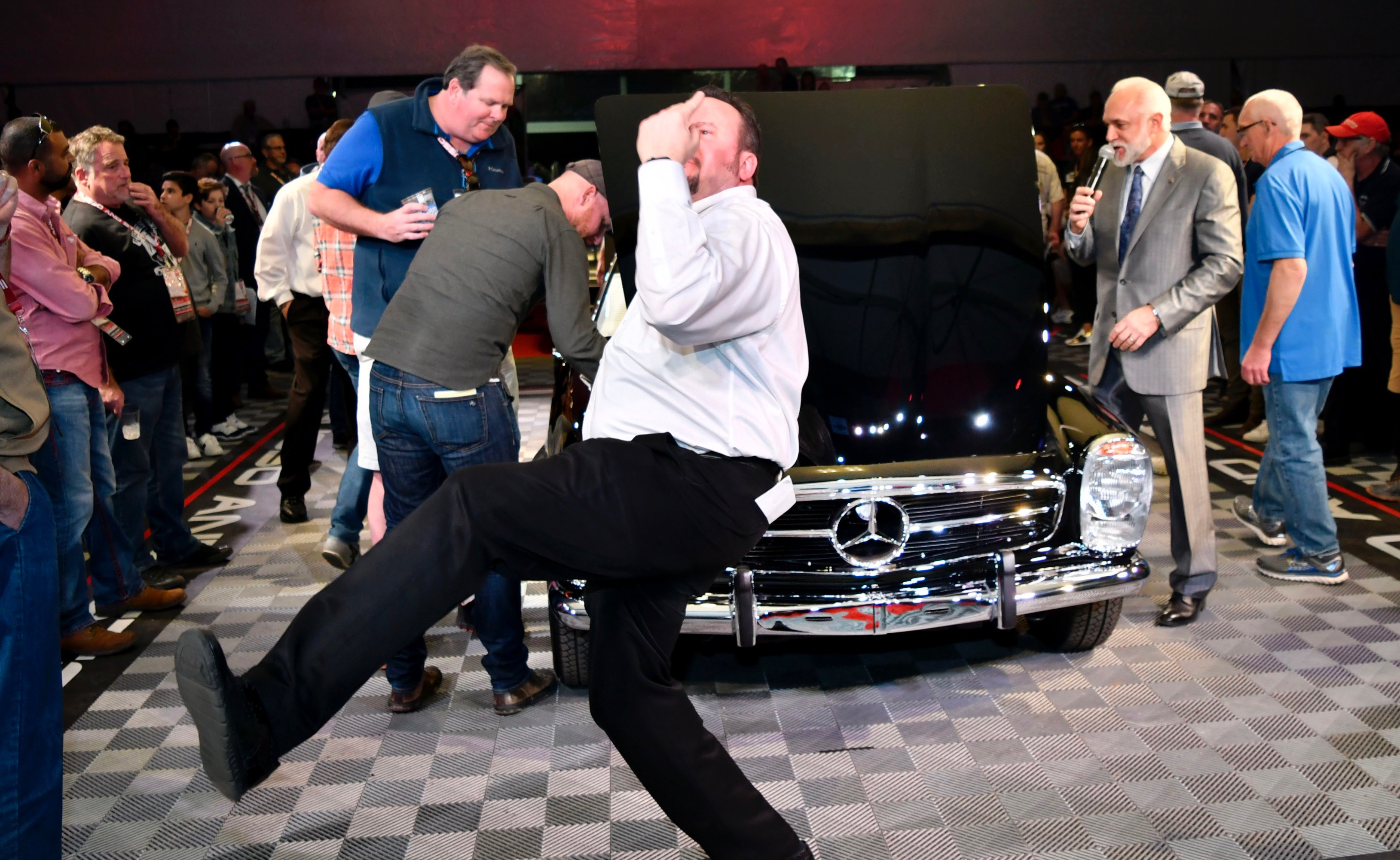 Arizona auctions, Collector car market reshaping itself at Arizona auctions, ClassicCars.com Journal