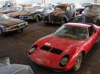 Miura tops 81-car, barn-found auction trove