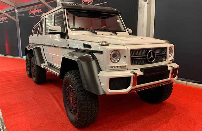 This Mercedes is so big that you could argue it's a tank. You'd lose, but you could make some fair points.