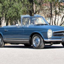 Mercedes-Benz roadster once owned by John Lennon on Barrett-Jackson docket