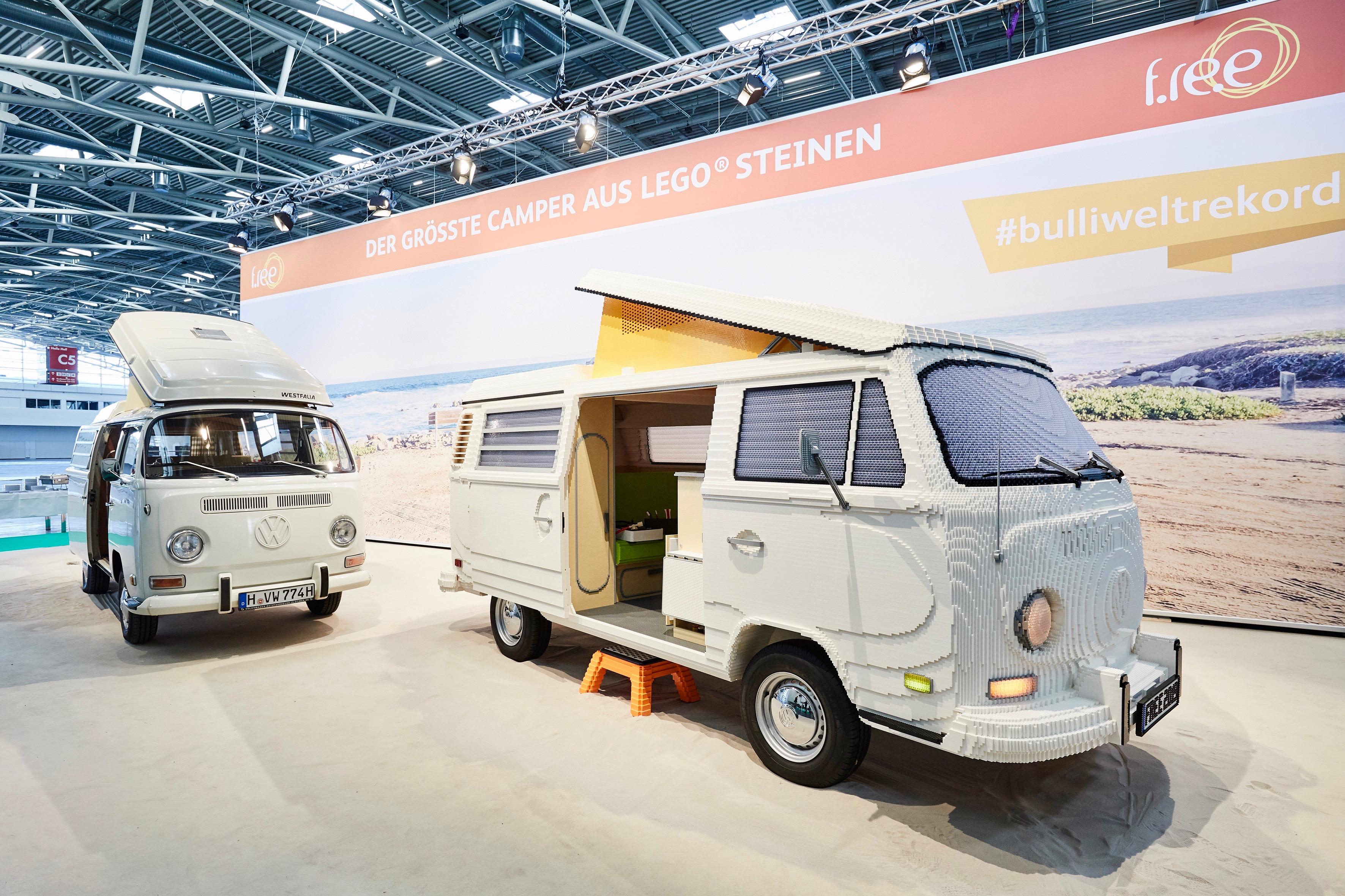 b8d878ae09aaa8 Vintage VW camper van