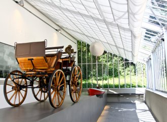 Motorcar maternity wards: Daimler preserves historic structures