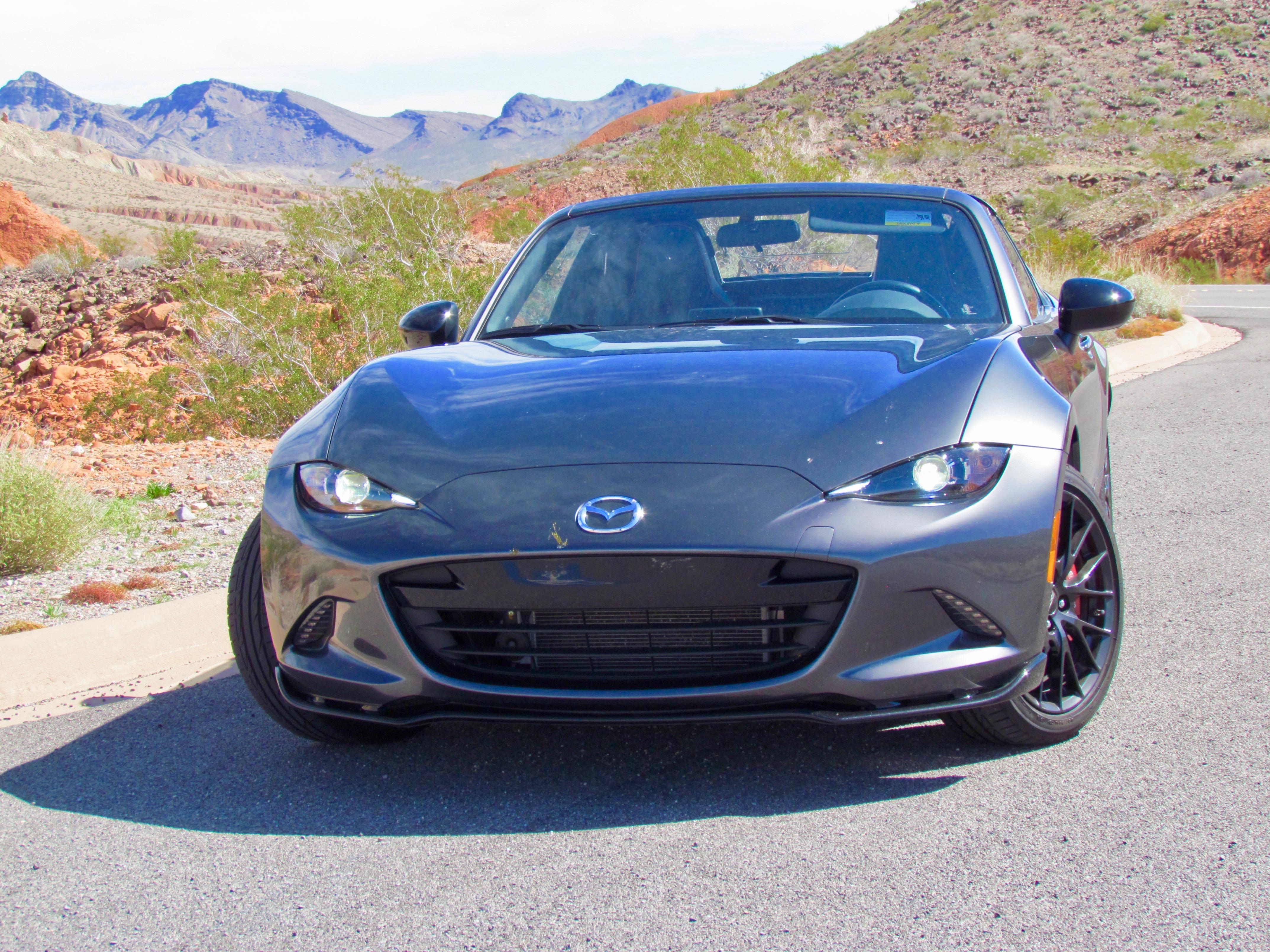 2019 Mazda Miata, 2019 Mazda MX-5 RF proves horsepower is overrated, ClassicCars.com Journal