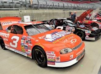 Questions linger about NASCAR race cars sold at Mecum auction