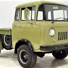 Right on the nose: 1961 Jeep 'forward control' pickup truck