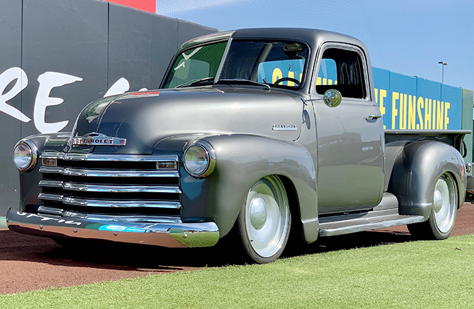 Building Aveline: Completing '51 Chevrolet 3100 a friend couldn't finish