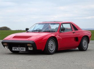 Mid-engine Cobra? No, but AC 3000 ME heads to auction