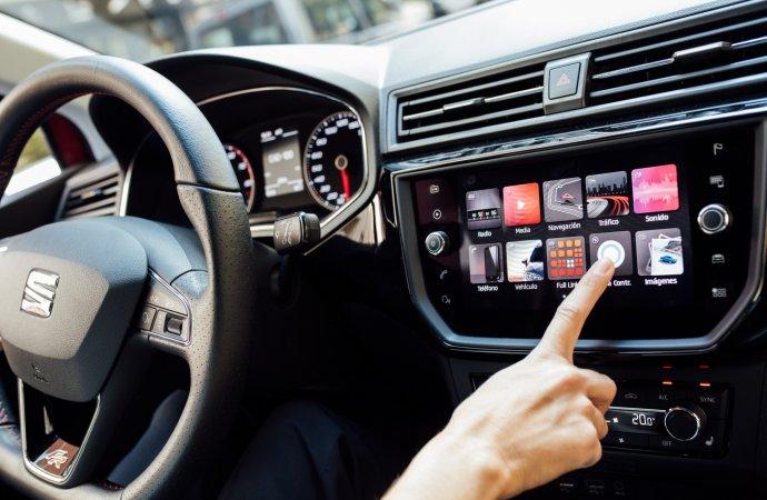 Driving pleasure: British pick favorite car tunes