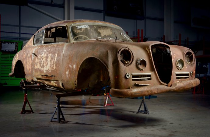 'Beyond repair' Lancia resurrected and will race again