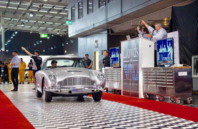 Australian bidders claim cars at Gosford museum sale