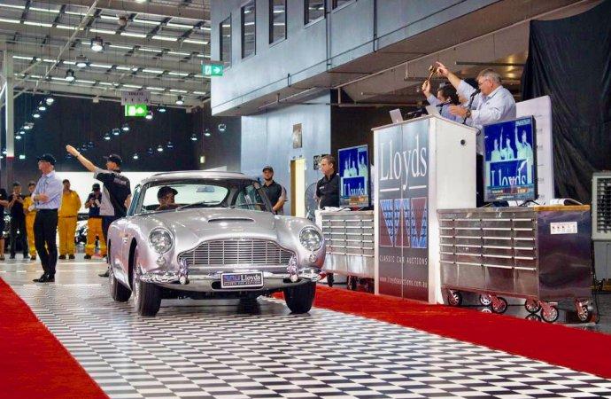 Australian bidders claim cars at Gosford museum sale