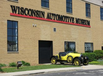 When the stars went to Wisconsin to buy their cars