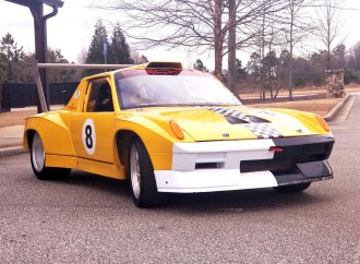 This Porsche 914-6 built to go racing