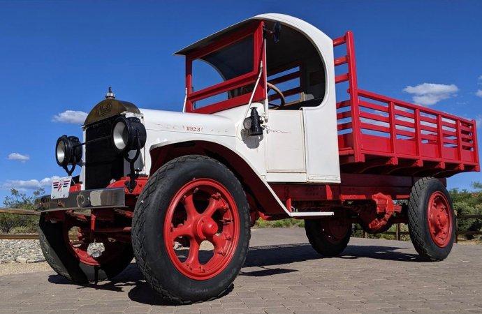 Mack brothers built trucks as tenacious as a bulldog