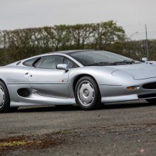 Jaguar XJ220s top Silverstone Auctions