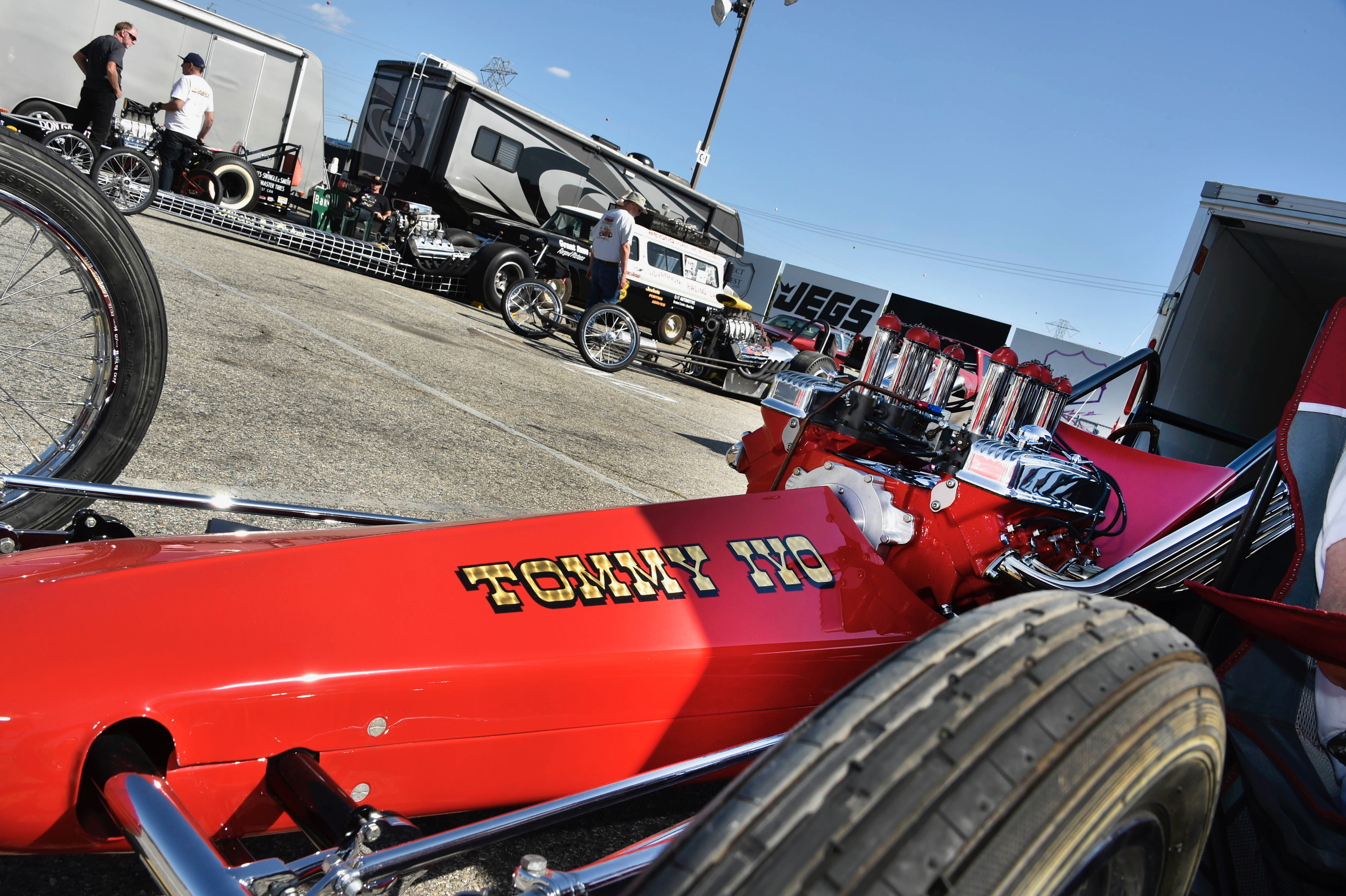 Nitro Revival has 'em 'hooked' on drag racing history