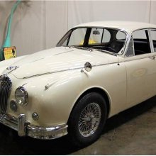 Blimy! This '61 Jaguar Mk2 sedan has surprisingly low mileage