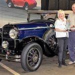 5cf5ba78d13ab-5cf5ba78d13adDavid-Susan-Landow-with-their-1931-Buick-8-94-Sport-Roadster.jpg