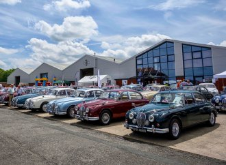 Jaguar Mk 2 birthday bash draws cars, crowd