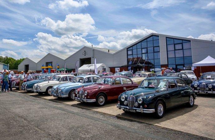 Jaguar Mk 2 birthday bash draws cars, crowd