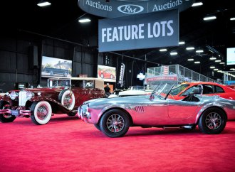 Cord, Rolls, Cobra lead bidding at RM Auction's Auburn sale