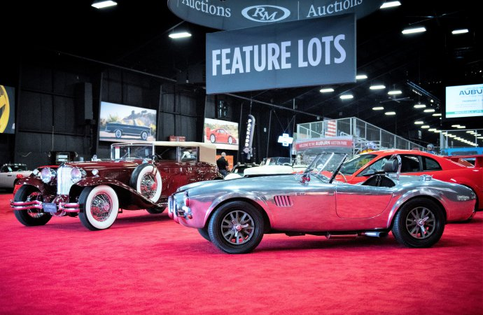 Cord, Rolls, Cobra lead bidding at RM Auction's Auburn sale