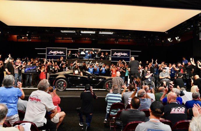 Last front-engine Corvette generates $2.7 million for charity