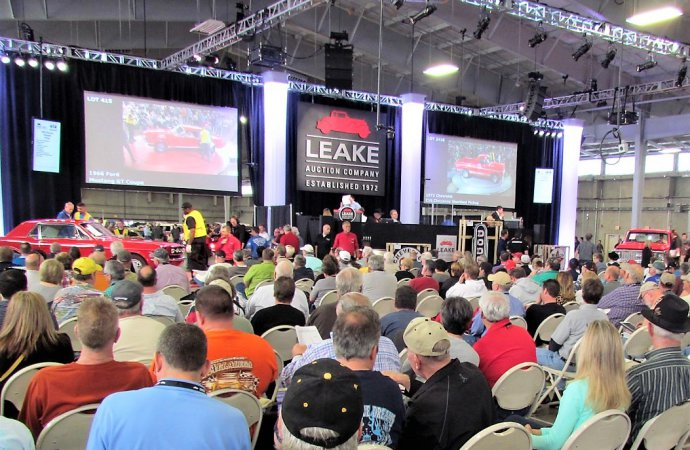 Leake makes it official: new auction will be held in Arizona