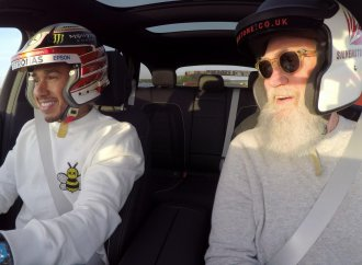 Letterman introduces Lewis Hamilton to another audience