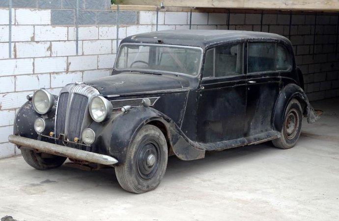 'Queen Mum's' car needs some TLC