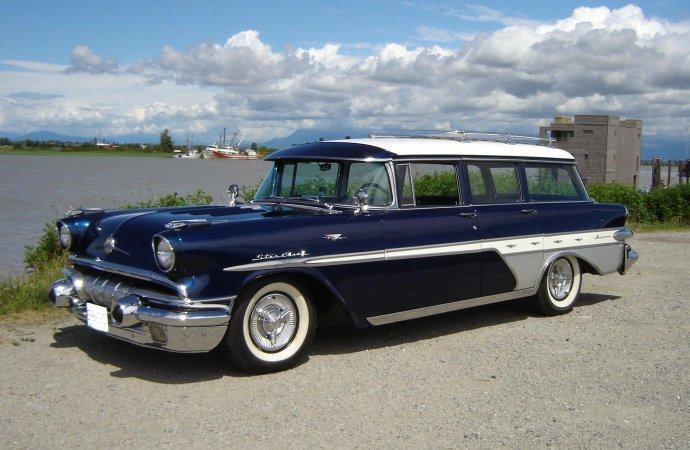 Pontiac station wagon with Transcontinental upgrades