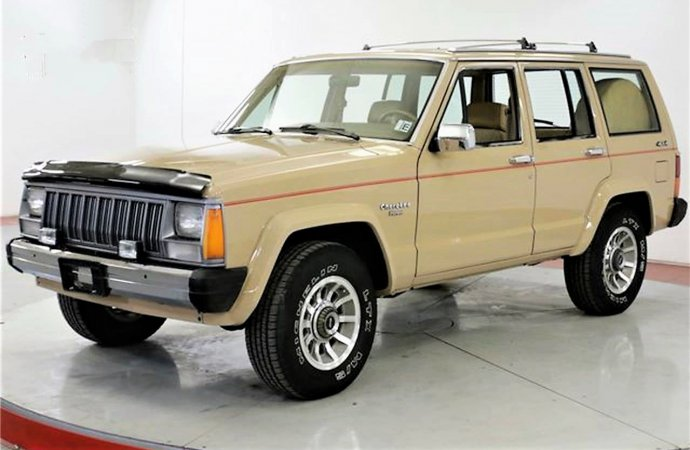 Well-cared-for '88 Jeep Cherokee with fresh paint and 4WD