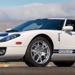 2005-Ford-GTwhite-_0