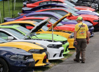 Record turnout for Carlisle Chrysler Nationals