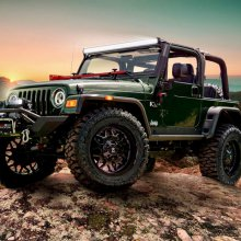Student-built SEMA Jeep Wranglers generate $127,000 at auction