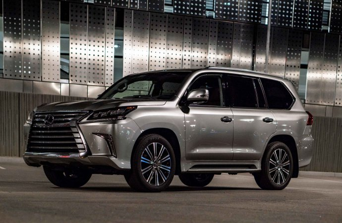 Driven: LX 570 is a luxury Lexus tank for the family