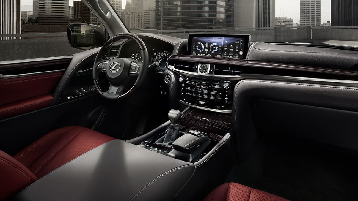 12.3-inch display and very eye-catching red interior | Lexus Photos