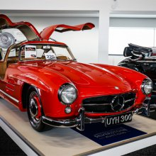 1954 Mercedes Gullwing tops Silverstone Classic auction