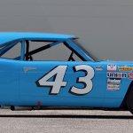 PA19_1970 Plymouth Superbird Richard Petty NASCAR_S96_Side
