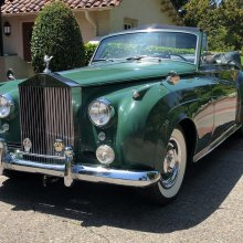 Liz Taylor's 'Green Goddess' Rolls going to auction